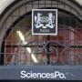 Sciences po Paris, entrée rue Saint-Guillaume, octobre 2012 //©Camille Stromboni
