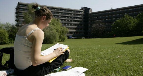 L'université libre de Bruxelles, comme toutes les universités belges, va mettre en place un concours en fin de première année de médecine.