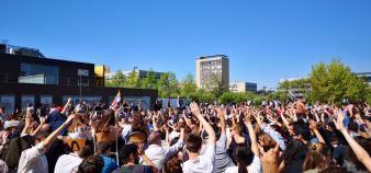 Des étudiants de l'université Paris-Nanterre ont voté jeudi 19 avril 2018 la poursuite du blocage de l'établissement. //©Laura Taillandier