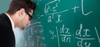 La réforme du bac 2021 inquiète les professeurs en ce jour de rentrée. //©Adobe Stock / Andrey Popov