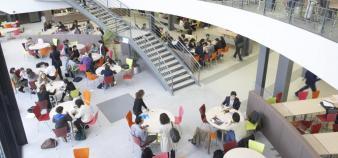L'Essec prend la tête du classement, avec 20 publications en 2016.