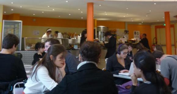 Université de Poitiers - Lettres - Cafetéria
