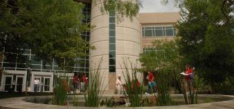 University North Texas, bâtiment des sciences de l'environnement © URCM Photography