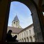 Le cloître de l'abbaye de Cluny. //©MEYERS /Arts et Métiers