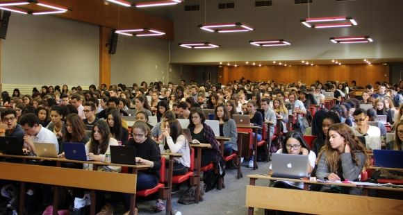 Université Paris Descartes Paris 5 - Etudiants en licence 1 de droit - Malakoff - 28 septembre 2015