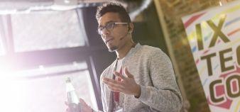 Si les établissements proposent de plus en plus à leurs étudiants des concours de pitch, le phénomène est emprunté à l'univers des start-up. //©plainpicture/Caiaimages/Agnieszka Olek