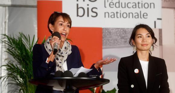 Marie-Anne Lévêque, secrétaire générale des ministères de l'Éducation nationale et de l'Enseignement supérieur, et Somalina Pa, responsable du projet, lors de l'inauguration du 110bis.