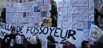 Une intersyndicale de l'enseignement supérieur et de la recherche appelle à une mobilisation le 16 octobre à Paris. // [Manifestation du 11 décembre 2014 devant le Panthéon] //©Camille Stromboni