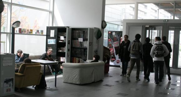 Université de technologie de Troyes - UTT - Hall d'entrée - ©S.Blitman