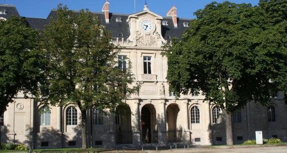 Place Carnot, à Nancy - le palais de l'université, faculte de droit  © Alex Herail