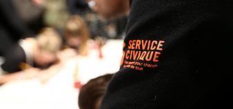 En 2018, 142.200 jeunes se sont engagés dans le service civique, soit une hausse de 14 % de volontaires par rapport à l'année précédente. //©Franck CRUSIAUX/REA
