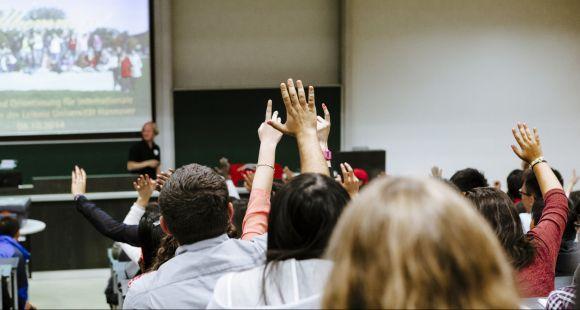 """A-S. Barthez : """"Nous créons plusieurs milliers de places en master pour la rentrée 2021"""""""