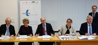 De gauche à droite : Alain Beretz, (Strasbourg), Andrea Schenker-Wicki (Bâle), Alexander Wanner (Karlsruhe), Christine Gangloff-Ziegler (UHA), Hans-Jochen Schiewer (Fribourg). //©UHA