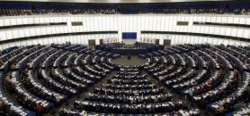 Dans un effort de transparence, la Commission européenne s'est engagée, sous certaines conditions, à communiquer les échanges de mails de ses fonctionnaires travaillant sur une question donnée.