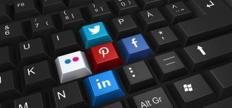 Les universités et les écoles déploient toujours davantage leurs stratégies de communication sur les réseaux sociaux. //©Animated Heaven/Flickr/CC