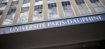 La structuration originelle du bâtiment en bureaux a favorisé le développement de la pédagogie en petits groupes à Dauphine. //©Denis Allard / R.E.A