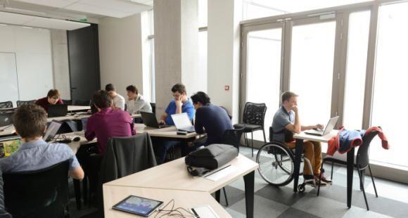 Comment l'enseignement supérieur accompagne les étudiants handicapés