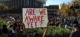 Depuis l'élection de Donald Trump à la tête des Etats-Unis, des manifestations ont lieu dans certaines universités américaines. //©JIM WILSON/The New York Times-REDUX-REA