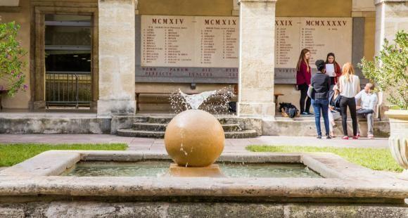À Montpellier, la fac de droit rouvre dans un climat desuspicion