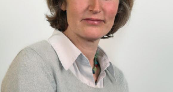"""Isabelle This Saint-Jean (VP enseignement supérieur et recherche pour la Région Île-de-France) : """"Notre objectif est de conclure une convention avec les PRES franciliens"""""""