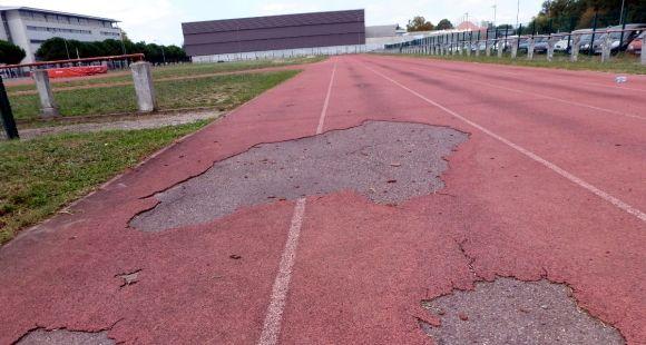 La piste d'athlétisme de la filière STAPS de l'université Toulouse 3