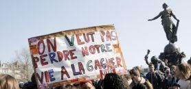 Des lycéens se rassemblent à Paris le 17 mars 2016 pour manifester contre le projet de loi El Khomri. //©Nicolas Tavernier / R.E.A