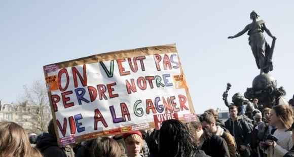 Manifestation de lycéens contre la loi El Khomri à Paris le 17 mars 2016.