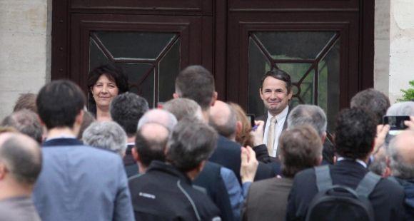 Pendant la cérémonie de passation des pouvoirs entre Thierry Mandon et Frédérique Vidal, nouvelle ministre de l'Enseignement supérieur, de la Recherche et de l'Innovation.