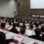 La rentrée des étudiants en première année d'histoire, à l'université Paris 4 (Sorbonne), sur le site Clignancourt (septembre 2013) //©E. Vaillant et C. Stromboni