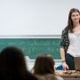 Les élèves de Polytechnique interviennent dans les lycées pour motiver les filles à tenter une école d'ingénieurs // ©Ecole polytechnique