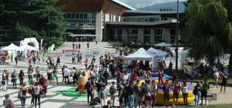 Pour sa première rentrée après la fusion des trois universités grenobloises, l'UGA a organisé un événement d'une grande ampleur. //©Etienne Gless