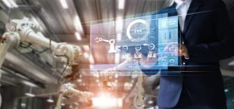 Douze métiers de l'industrie du futur ont été identifiés par l'Apec et CESI comme émergents et promis à une forte demande. //©ipopba/AdobeStock