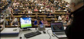 Le droit à la poursuite d'études aura permis à 735 étudiants de trouver une place en master en 2017-2018. //©Photothèque Paris Descartes Huguette & Prosper