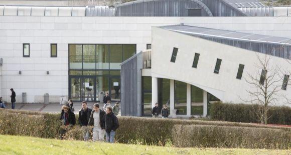 Université de Versailles-Saint-Quentin - UVSQ - Campus Sciences Versailles