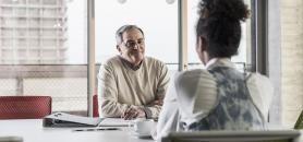 La start-up Talentsworks garantit au moins un entretien d'embauche aux jeunes diplômés qui souscrivent un abonnement de 10 dollars par semaine. //©plainpicture/Westend61/Uwe Umstätter