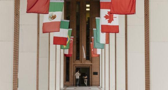 Les universités américaines attirent moins d'étudiants étrangers