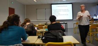 Dans le cadre de leur formation pour devenir professeur des écoles, les étudiants de l'université de Bretagne-Sud sont formés au genre et à l'égalité des sexes.