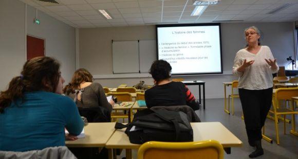 """Cours """"genre et égalité des sexes"""" à l'université de Bretagne Sud © I.Dautresme - février 2014"""