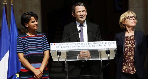 La cérémonie d'installation de Thierry Mandon au secrétariat d'Etat à l'ESR a eu lieu le 17 juin, avec Najat Vallaud-Belkacem et Geneviève Fioraso