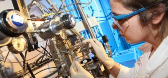 Laboratoire de chimie à l'INP Toulouse. Avec INP Innov', l'Institut veut rapprocher entreprises et laboratoires autour de l'innovation © JPGphotographies //©JPGphotographies