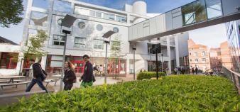 L'IESEG garde la première place du classement des écoles de commerce post-bac. //©IESEG