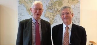 Gordon Shenton et Michel Kalika, senior advisors à la Fnege et à l'EFMD, ont mis au point l'indicateur BSIS (Business School Impact Survey) //©Etienne Gless