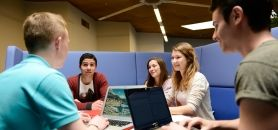 Audencia propose C4B (Competencies for business), une application numérique qui permet à ses étudiants d'évaluer leurs compétences et de formaliser le tout dans un CV numérique. //©Frédéric Sénard / Audencia