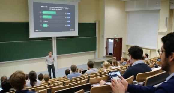 Session interactive proposée par la startup Wooclap en janvier 2018 dans une université.