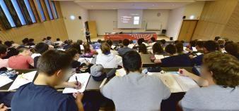 En cette rentrée 2017, son budget étant contraint, l'université de Limoges opte pour une réduction du coût de l'offre de formation et le gel des emplois. //©©Patrick ALLARD/REA