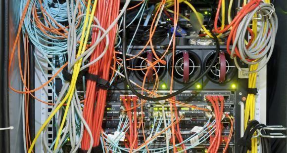 Le développement des outils numérique pose la question des équipements des établissements.