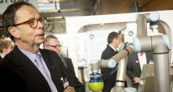 Louis Schweitzer, commissaire général à l'investissement, au deuxième forum des IRT (Nantes - Octobre 2014)