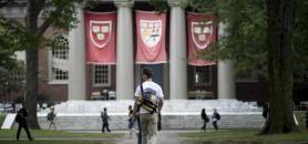À l'image de la Ivy league aux États-Unis, la logique de regroupement est plutôt celle d'un appariement sélectif par statut ou par réputation, analyse Christine Musselin. //©Gretchen ERTL/ The NYT-Redux-REA