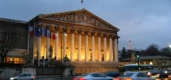 Assemblée nationale // © Flickr / tamadhanaval