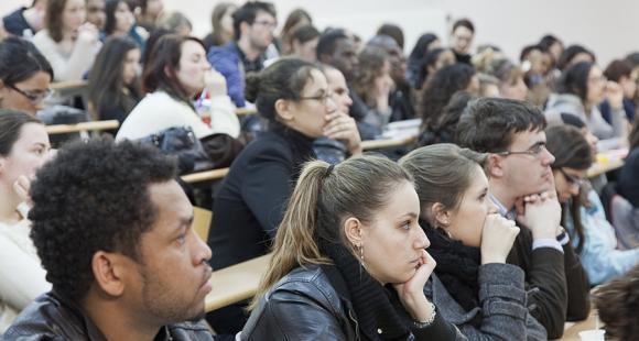 Amphi d'étudiants de l'université Paris-Est Créteil.